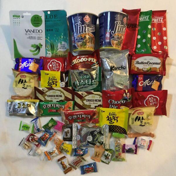 OMG My Seoul Platinum Level Korean Snack and Gift Box 2